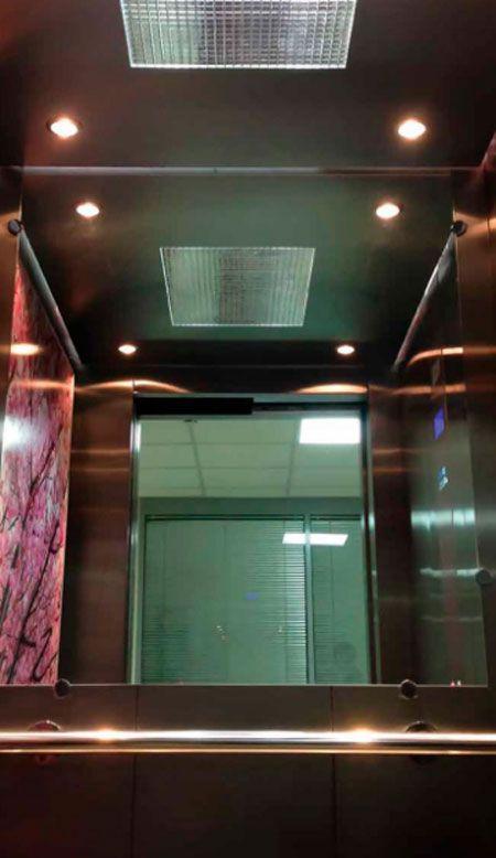 Лікарняний ліфт