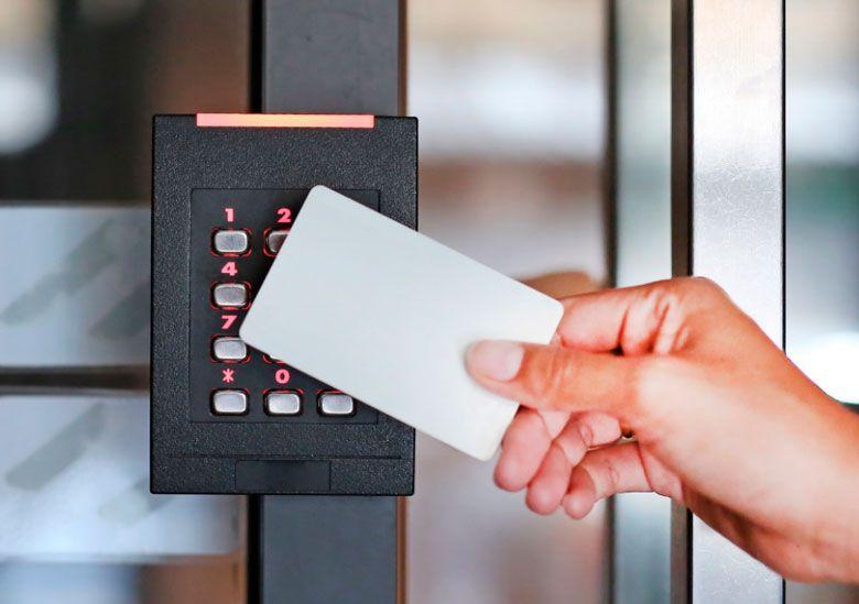 Встановлення і налаштовання системи контролю і управління доступом