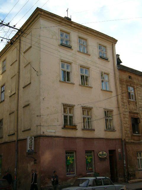 Житловий будинок на вул. Староєврейська, 28
