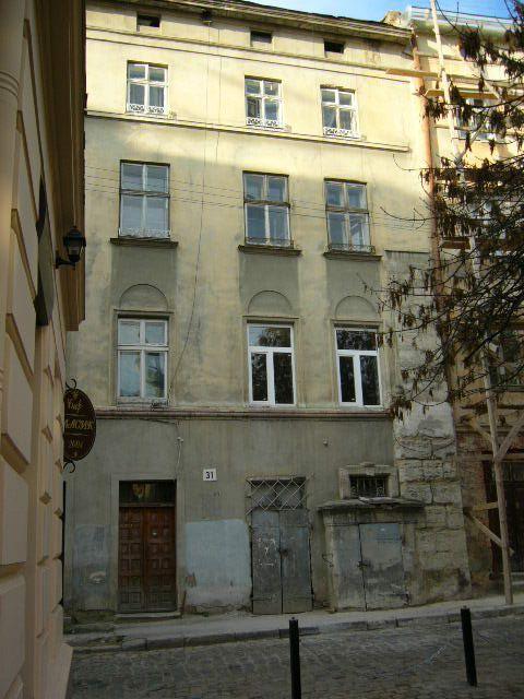 Житловий будинок на вул. Староєврейська, 31