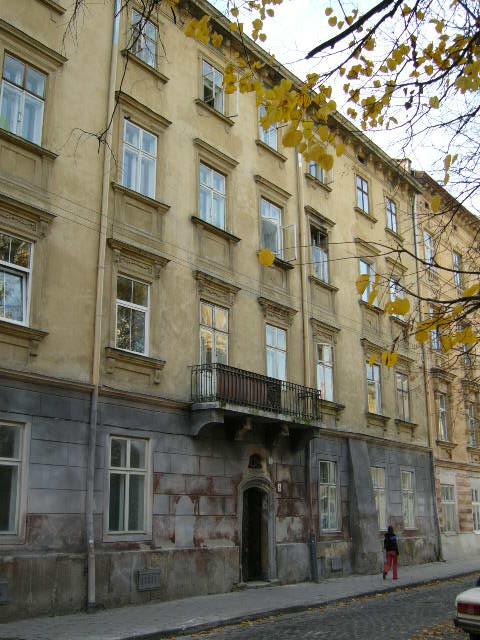 Жилой дом на ул. Федорова, 8
