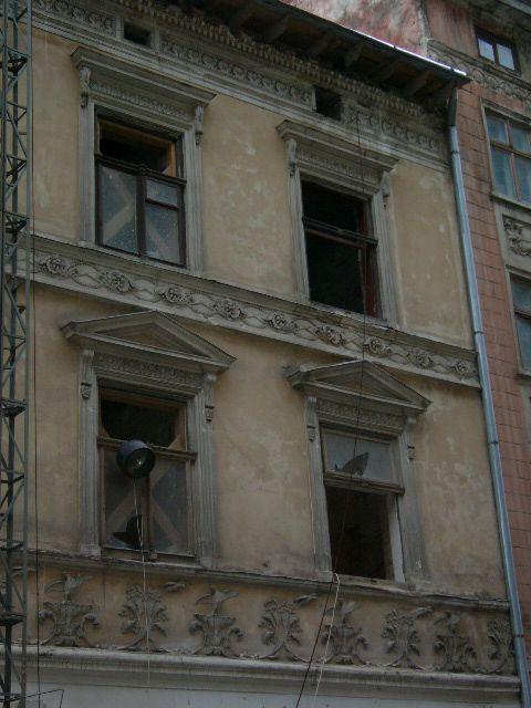 Житловий будинок на вул. Шевська, 12